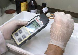 nivel de radiación en muestras.
