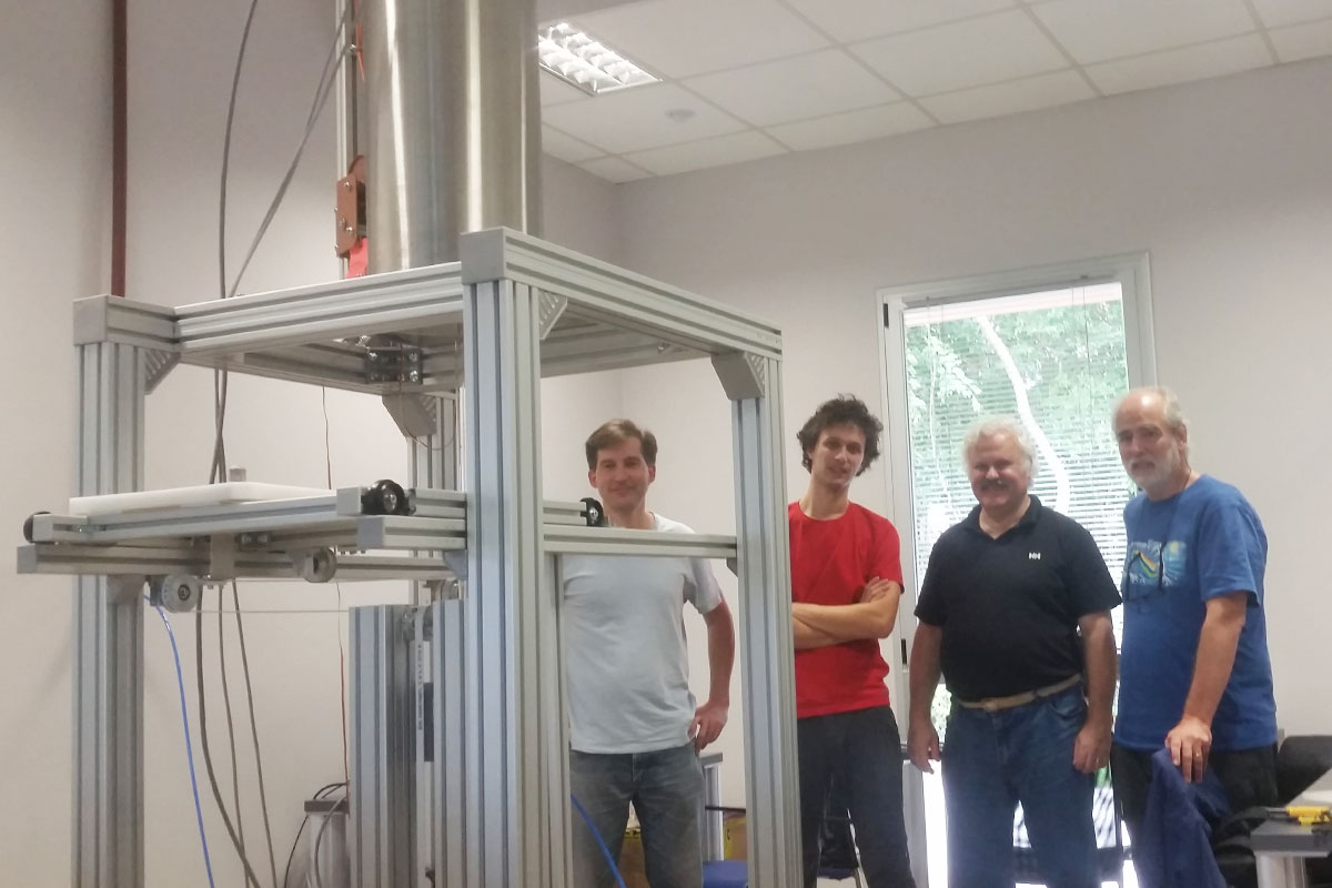 The process of assembly and calibration of the cryogenic magnetometer Cri.Ar was completed